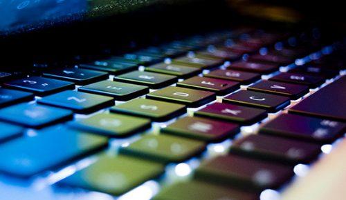 Färgglatt macbook tangentbord