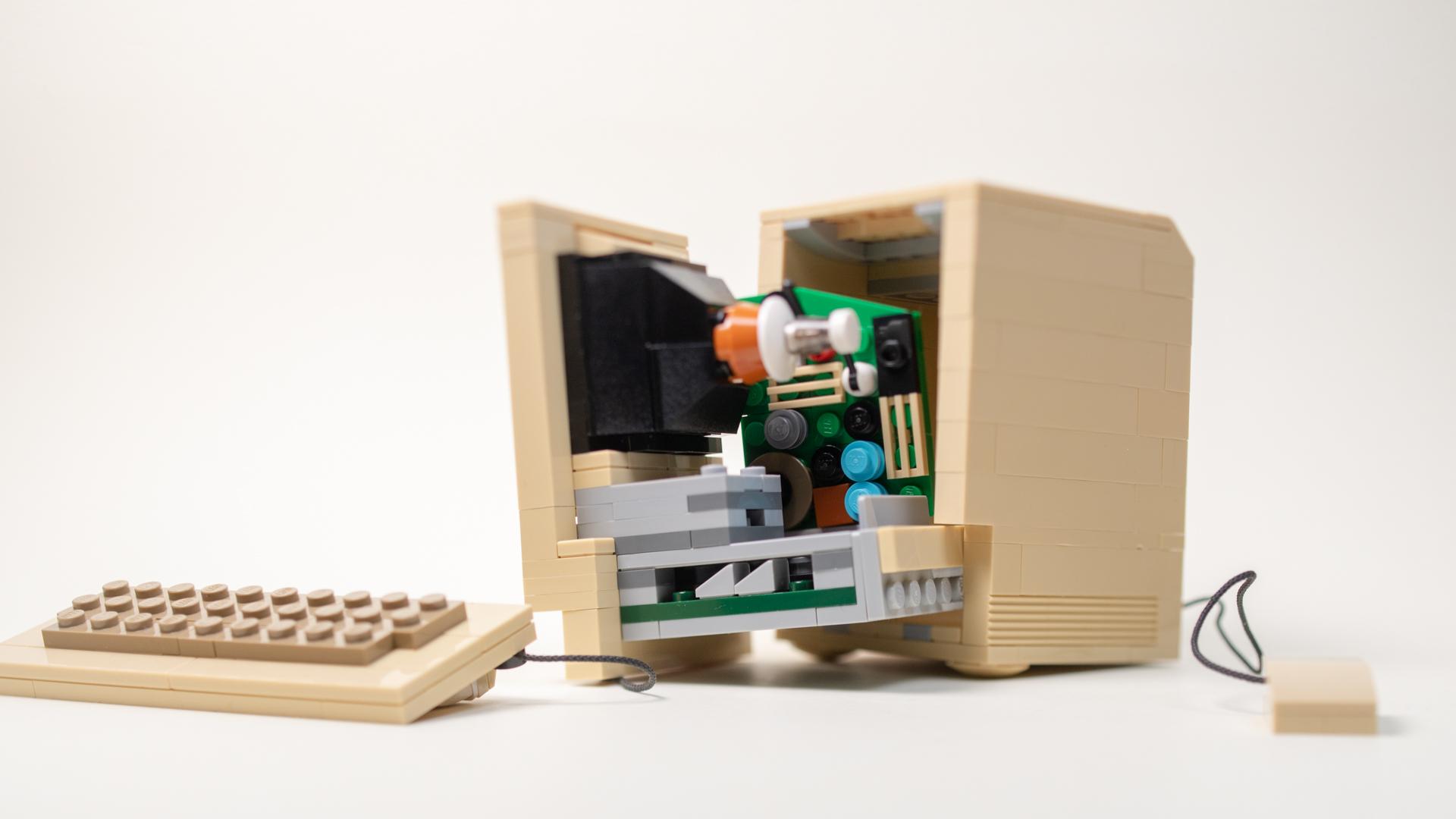 Dator i lego