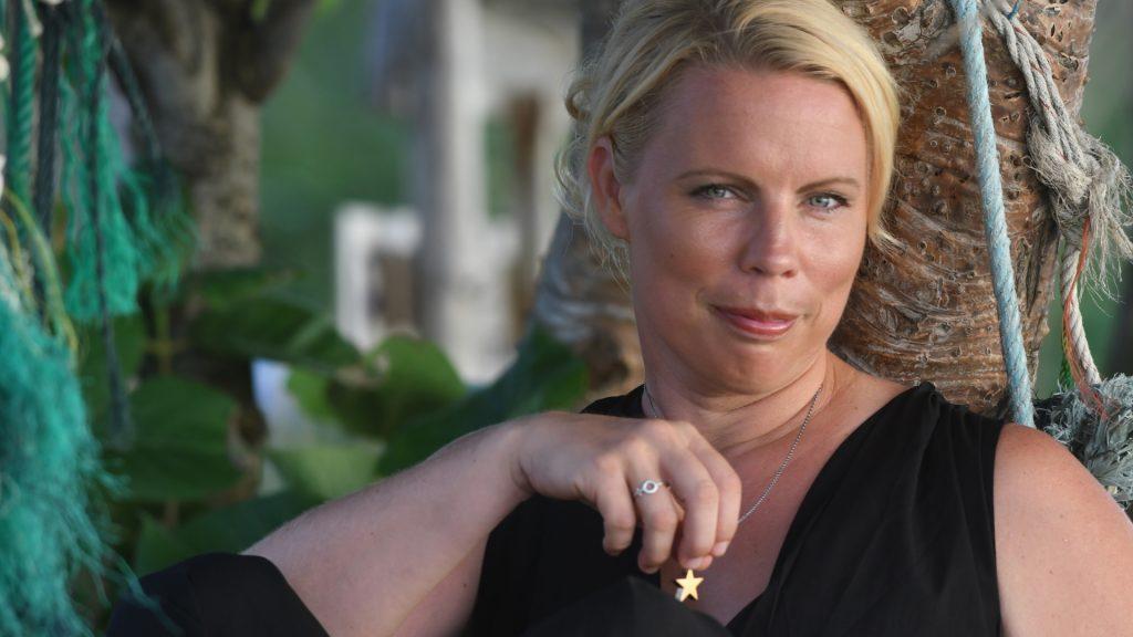 Caroline Engvall, författare och journalist.