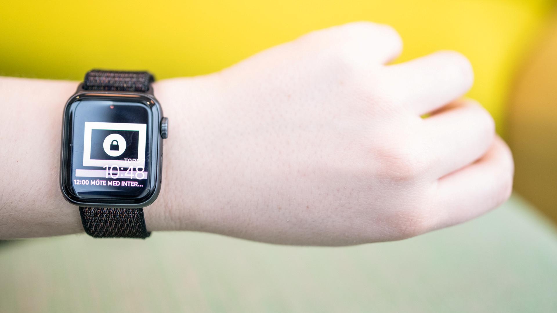Apple watch på handled.
