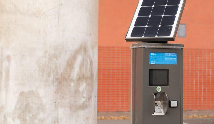Parkeringsautomat med solpanel