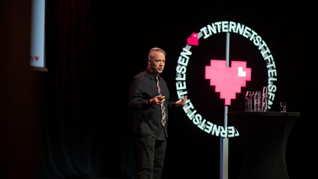 Presentation av Svenskarna och internet 2019 på Vasa teatern