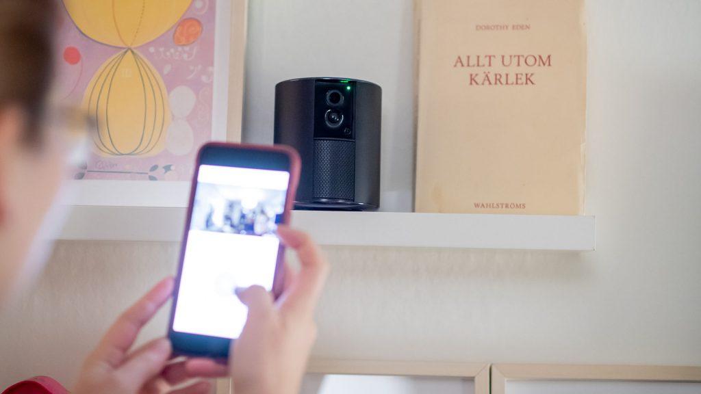 övervakningskamera som aktiveras från mobiltelefonen